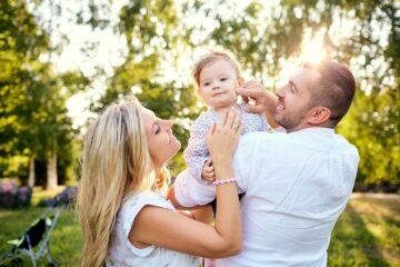 Familie regelt zorgverzekering baby