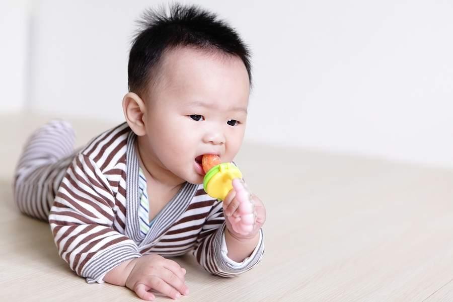 Baby 6 maanden oud
