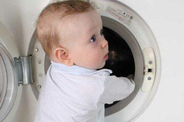 Babykleertjes wassen, een kind kan de was doen