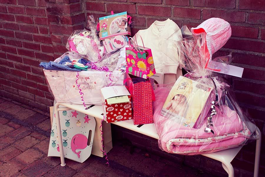 Babyshower - Een roze invasie aan babycadeaus