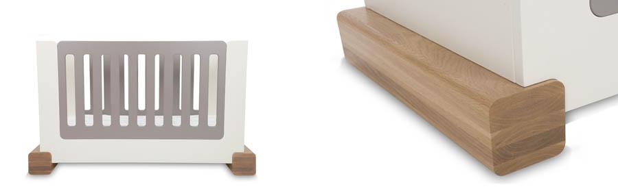 Stoer ledikant van Ukkepuk meubels met een ronde afwerking