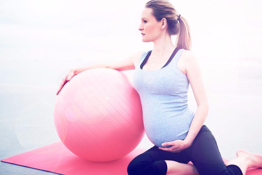 Bij zwangerschapsgym krijg je verschillende oefeningen en technieken om je houding te verbeteren