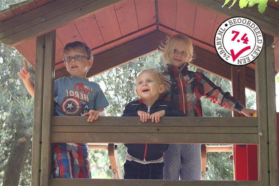 kinderen-in-natuurspeeltuin-dierenbos