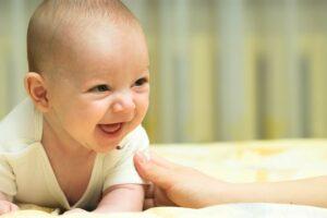 De schaterlach van je baby