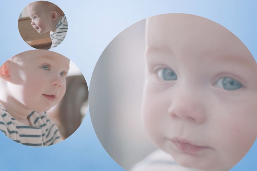 gezichtje-van-een-babyjongetje-die-op-ontdekkingstocht-is