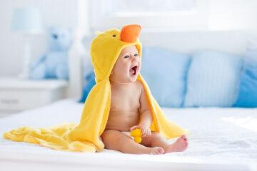 Baby ontwikkelt gevoel voor humor