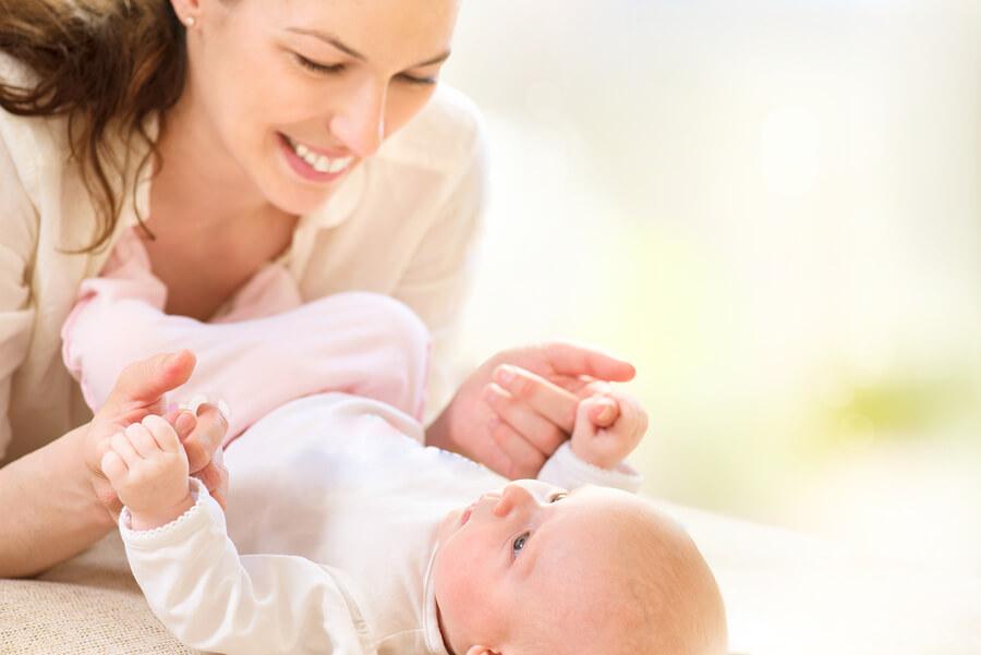 Baby herkent gezicht ouders