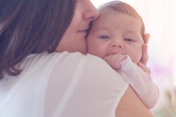 Baby herkent geur en stem van moeder