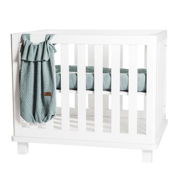 Baby-2-maanden-oud,-babybox-
