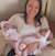 Moeder met tweeling meisjes