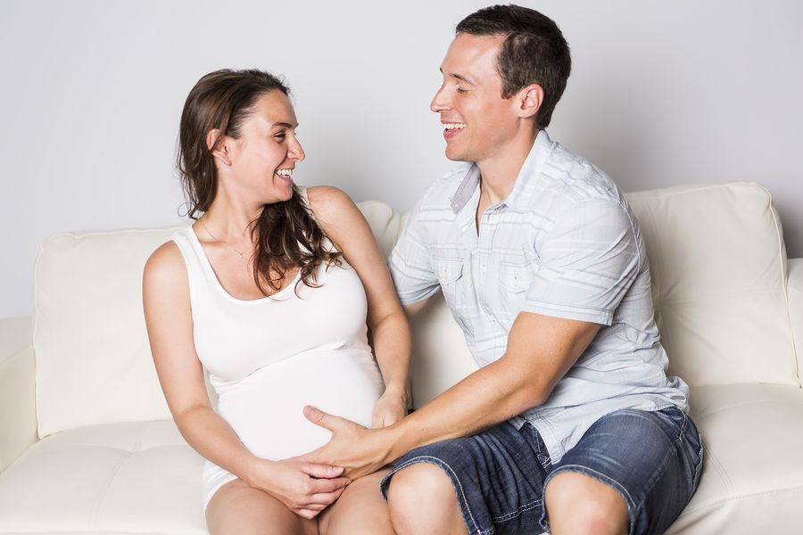 Vrouw is 9 maanden zwanger, en al voorbij haar uitgerekende datum