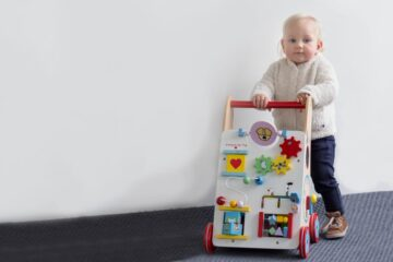 Loopwagen houten babywalker