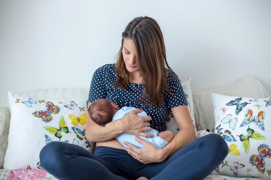 Moeder aan het ontzwangeren