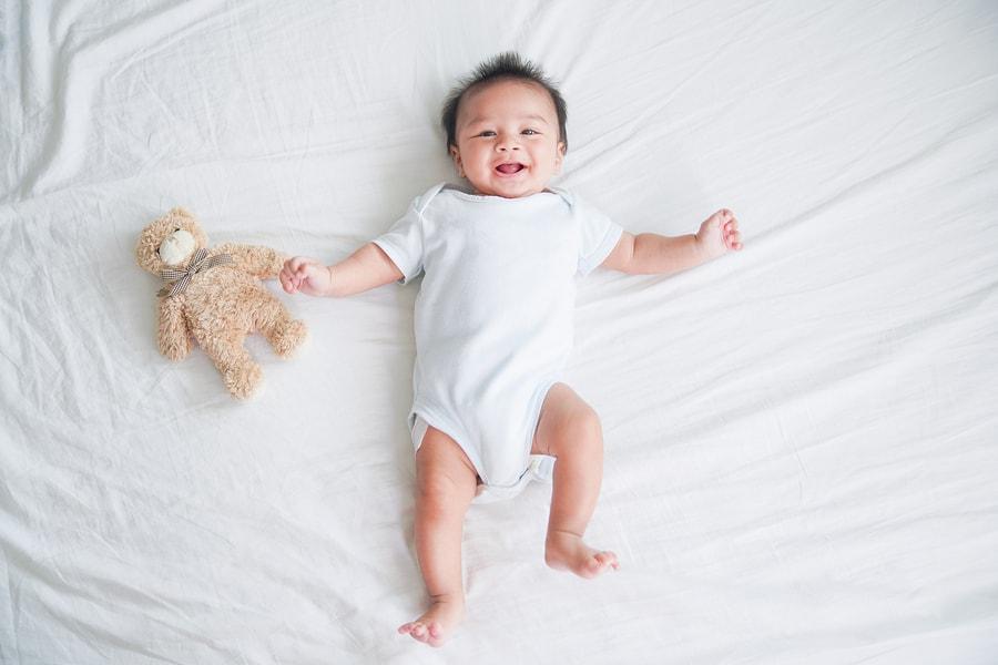 baby 1 maand oud, babykleding