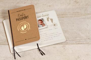 geboortekaartje paspoort van Tadaaz