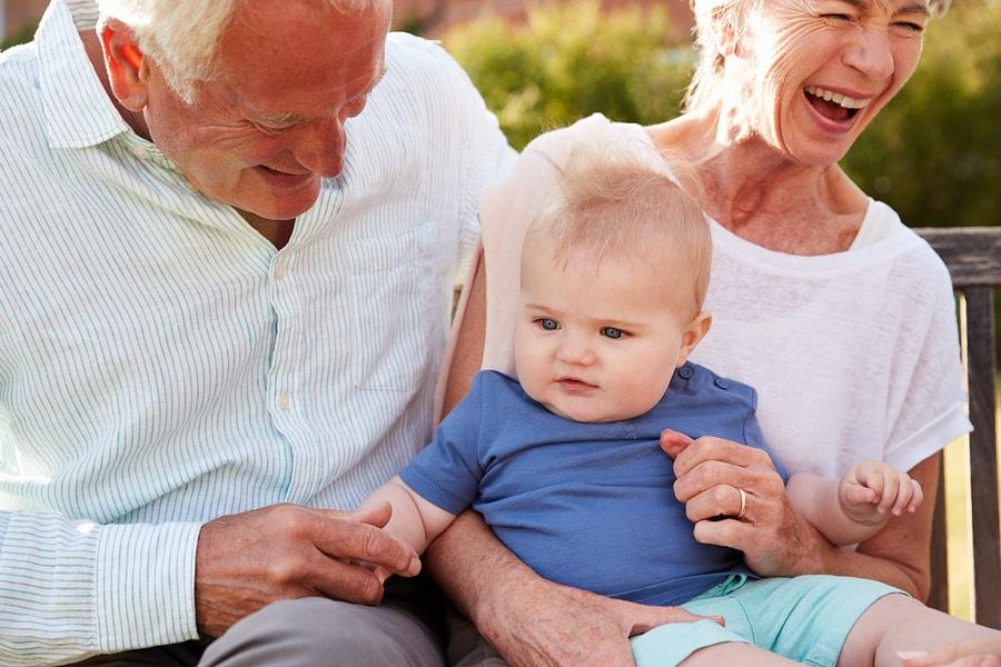 Grootouders sparen voor hun kleinkind