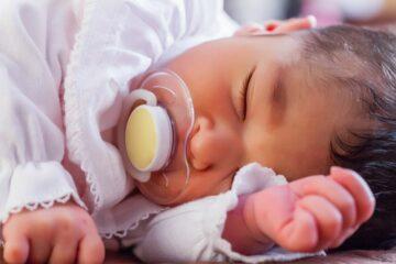Meisjesnamen 2019: slapend babymeisje