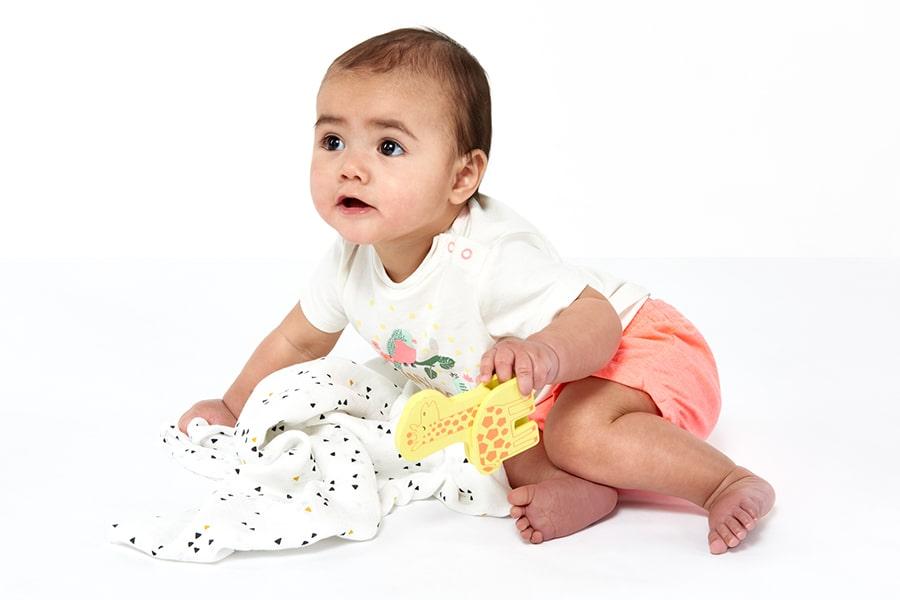 Baby in HEMA babykleding