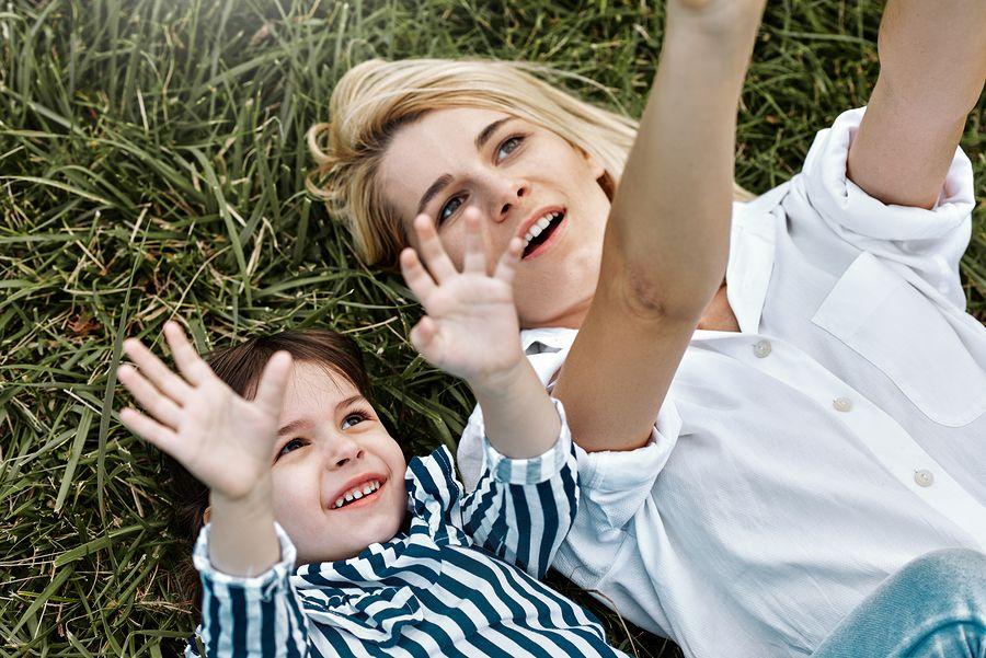 Hoogsensitief kind met moeder
