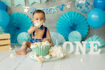 Smash cake van baby Aarav