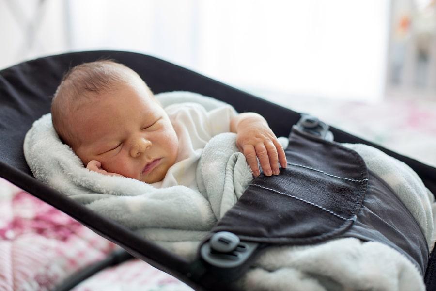 babymaten pasgeboren baby